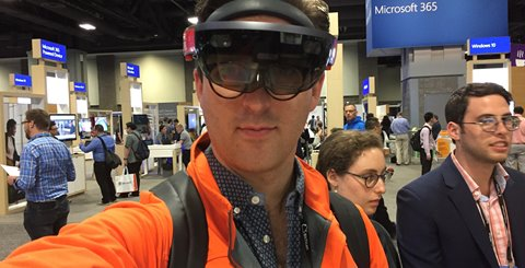 The use of the HoloLens in the food processing industry
